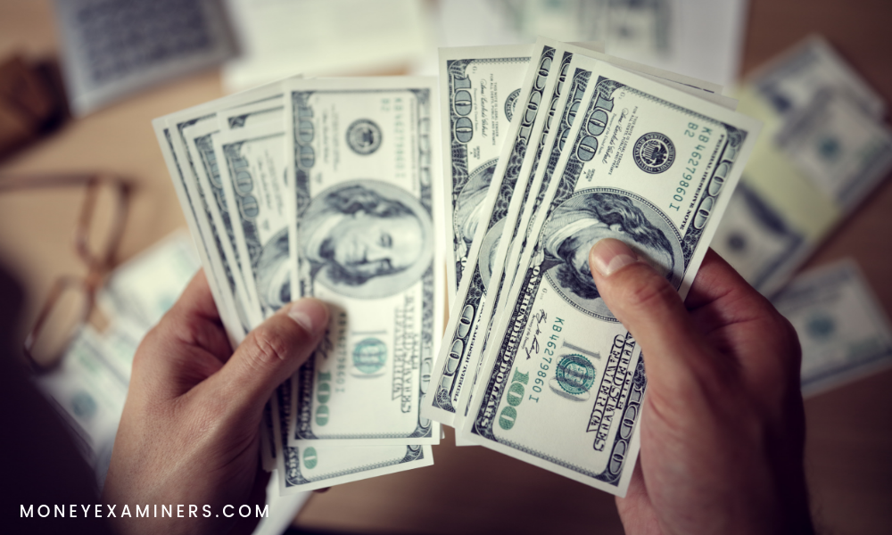 The Difference Between Banks And Credit Unions - MoneyExaminers